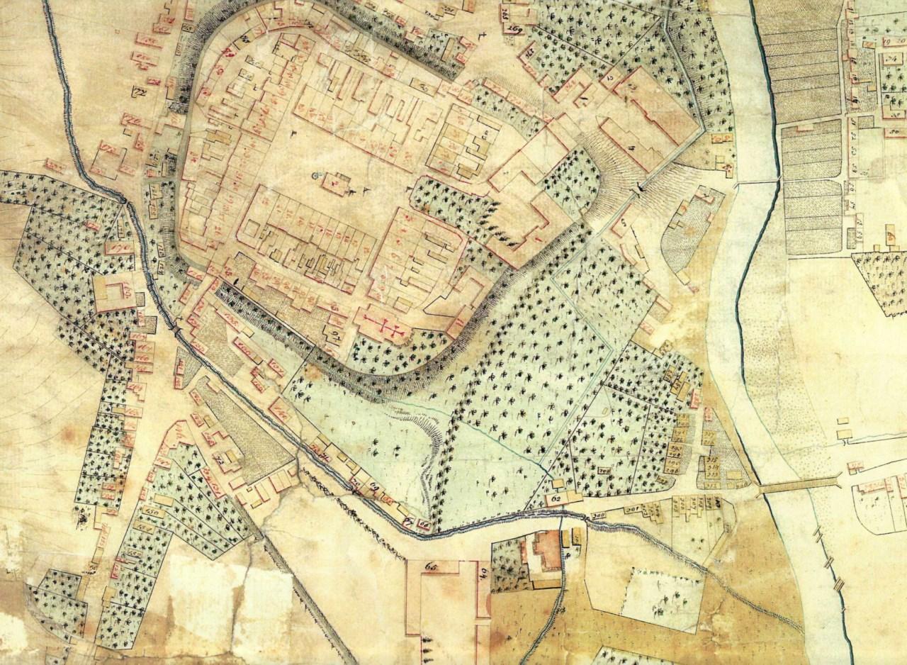 Historická mapa před rokem 1830 s vyobrazeným příkopem obepínajícím město