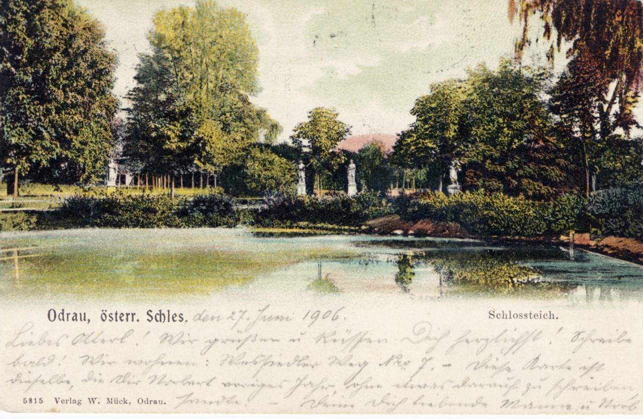 Zámecký park na historické pohlednici