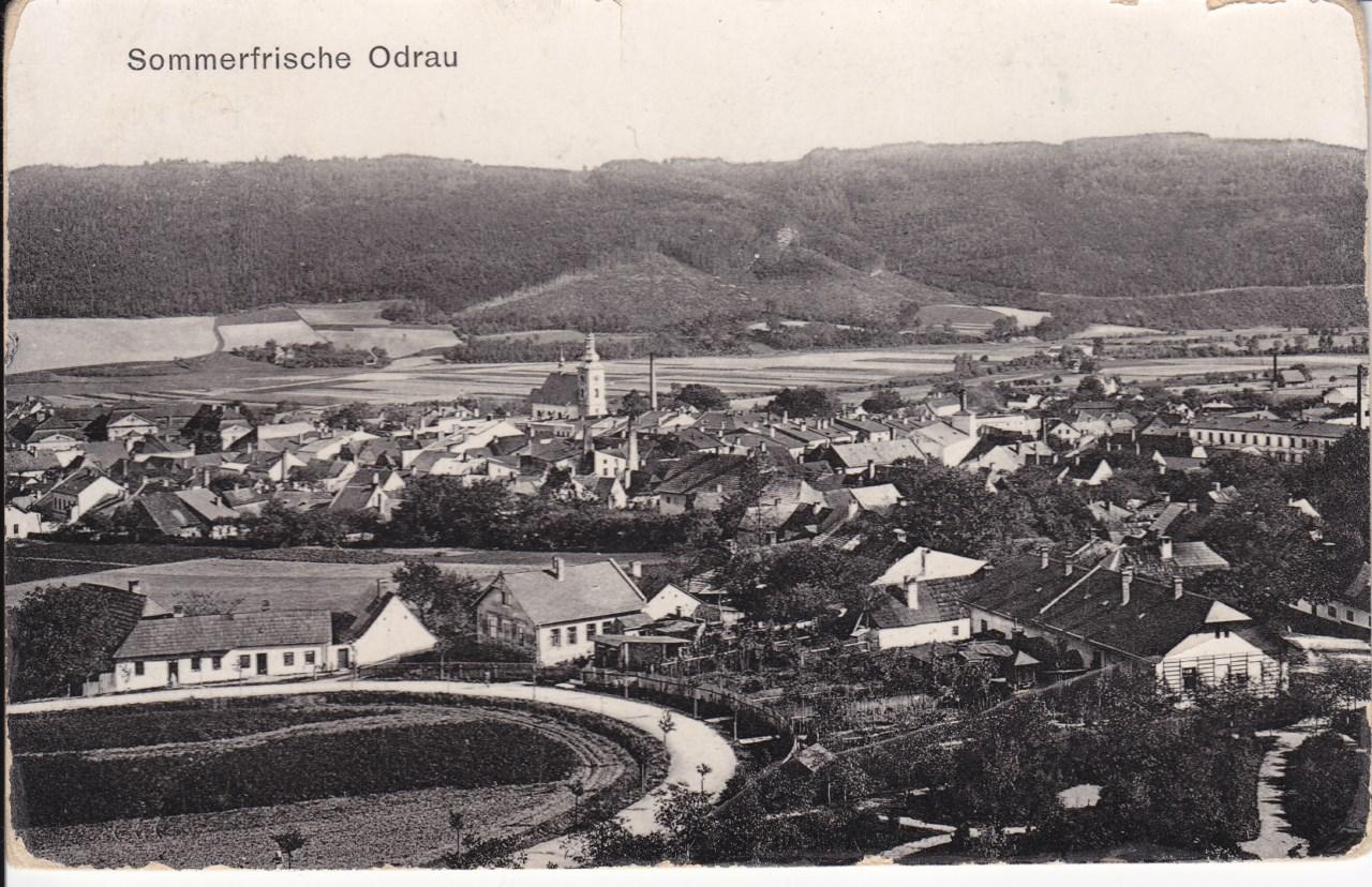 Pohled na Odry od Dobešova na historické pohlednici